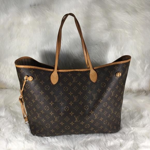 d5cb5460ec Louis Vuitton Handbags - Louis Vuitton Neverfull GM